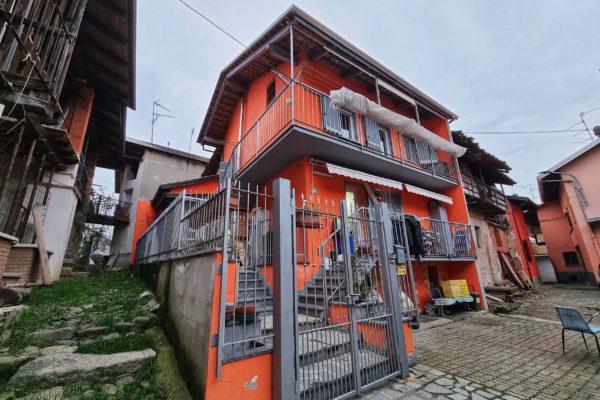 COSSATO Casa ristrutturata con terreno